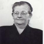 Corrie van Dijk sr, moeder oprichter Winckel 213